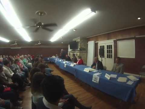 LeClaire Iowa Candidate Forum Oct 28 2015   Part 04