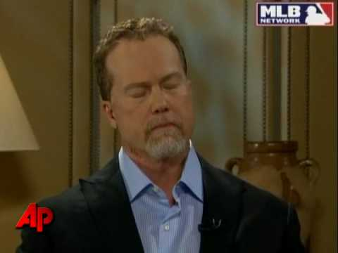 McGwire Tells AP He Used Steroids