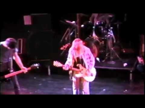 Nirvana - live at The Cabaret Metro, 1989, incomplete (MATRIX)