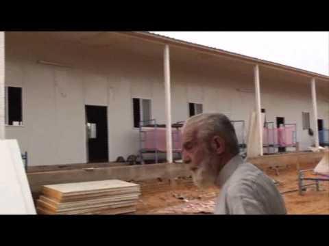 El Obeid clip2 - Costruzione dei nuovi dormitori dell'opera salesiana di El Obeid (Sudan)