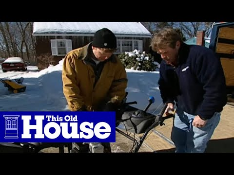 How to Choose and Use a Snowblower
