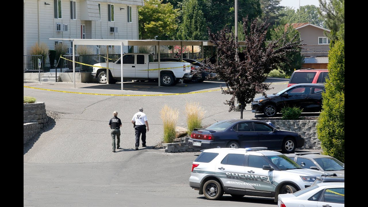 Washington Police Officer Shot Responding to Botched Robbery