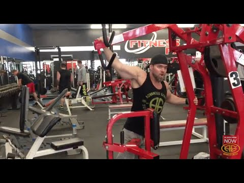 Modified Hammer Strength Lat Pulldowns
