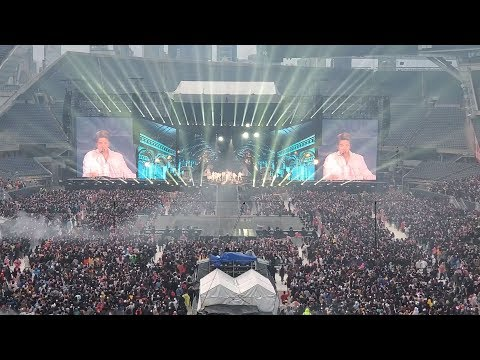 Mikey Reacts To BTS - Dionysus Live At Soldier Field Day 1