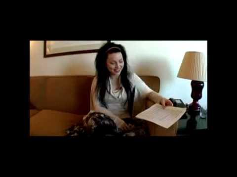 5136146e Amy Lee Responde Fãs Legendado - YouTube
