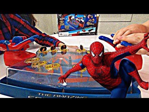 Играем в настольную игру ЧЕЛОВЕК-ПАУК! Play A Board Game With SPIDER-MAN!