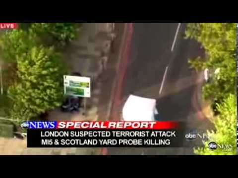 ►►► [UPDATE] Woolwich Attack Man Reportedly Beheaded In Brutal Assault In London DISTURBING FOOTAGE)