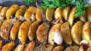 Картофель в духовке Как вкусно запечь картошку в духовке Секреты приготовления картофеля в духовке