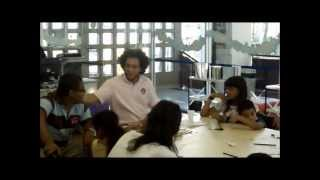 """Workshop -- """"Poesia de Concreto: Construindo Com As Palavras"""" com Michel Yakini -- 26.05.2012"""
