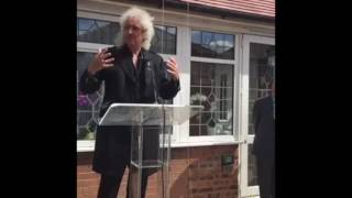Brian May and Kashmira Cooke Unveiling Freddie Blue Plaque 01092016