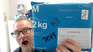 Live Un-Boxing - Package from SWEDEN!!