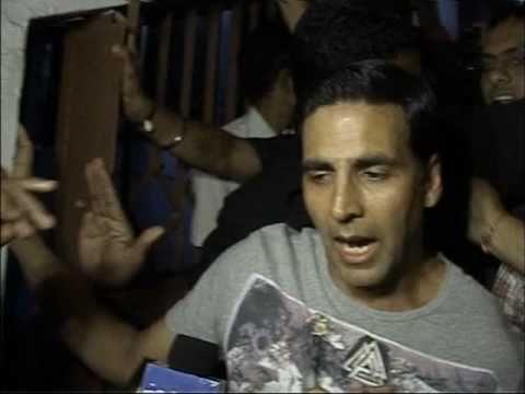 Patiala House - Bollywood Movie Review - Akshay Ku...