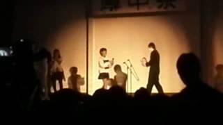 学校の行事の時ステージの上にいる好きな人に花のブーケをもちブーケを...
