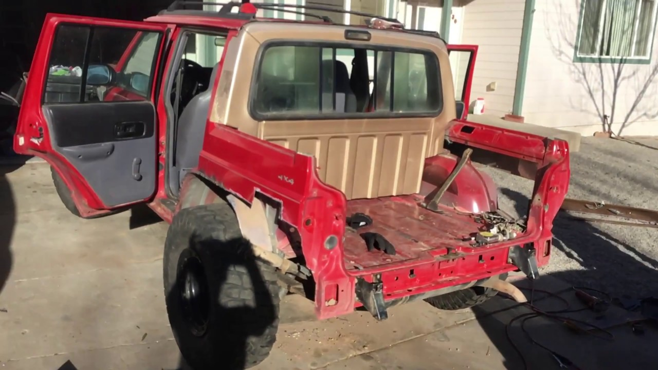 medium resolution of jeep cherokee chop gets a back window s10e21
