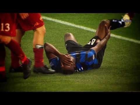 Inter-Roma Fight Club - Totti vs. Balotelli - i falli peggiori della partita -