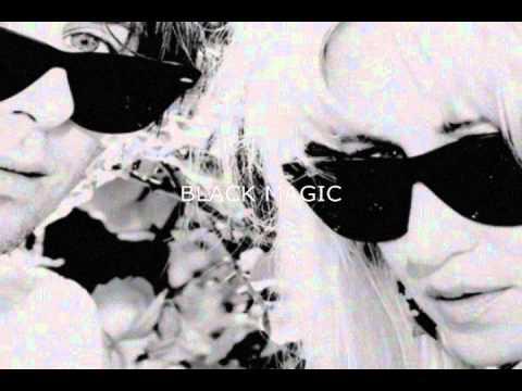 Клип Magic Wands - Black Magic