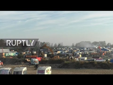 LIVE from Calais refugee camp as dismantling operation continues
