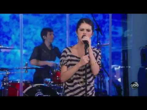 Selena Gomez  Round And Round (Live at Good Morning America)HD