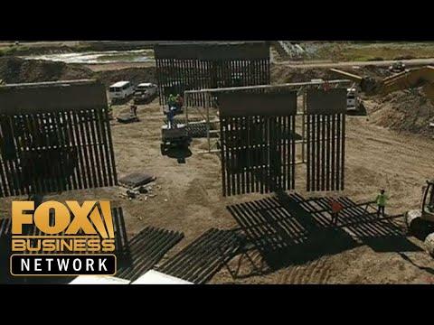 private-organization-built-a-half-mile-border-wall-in-el-paso,-texas