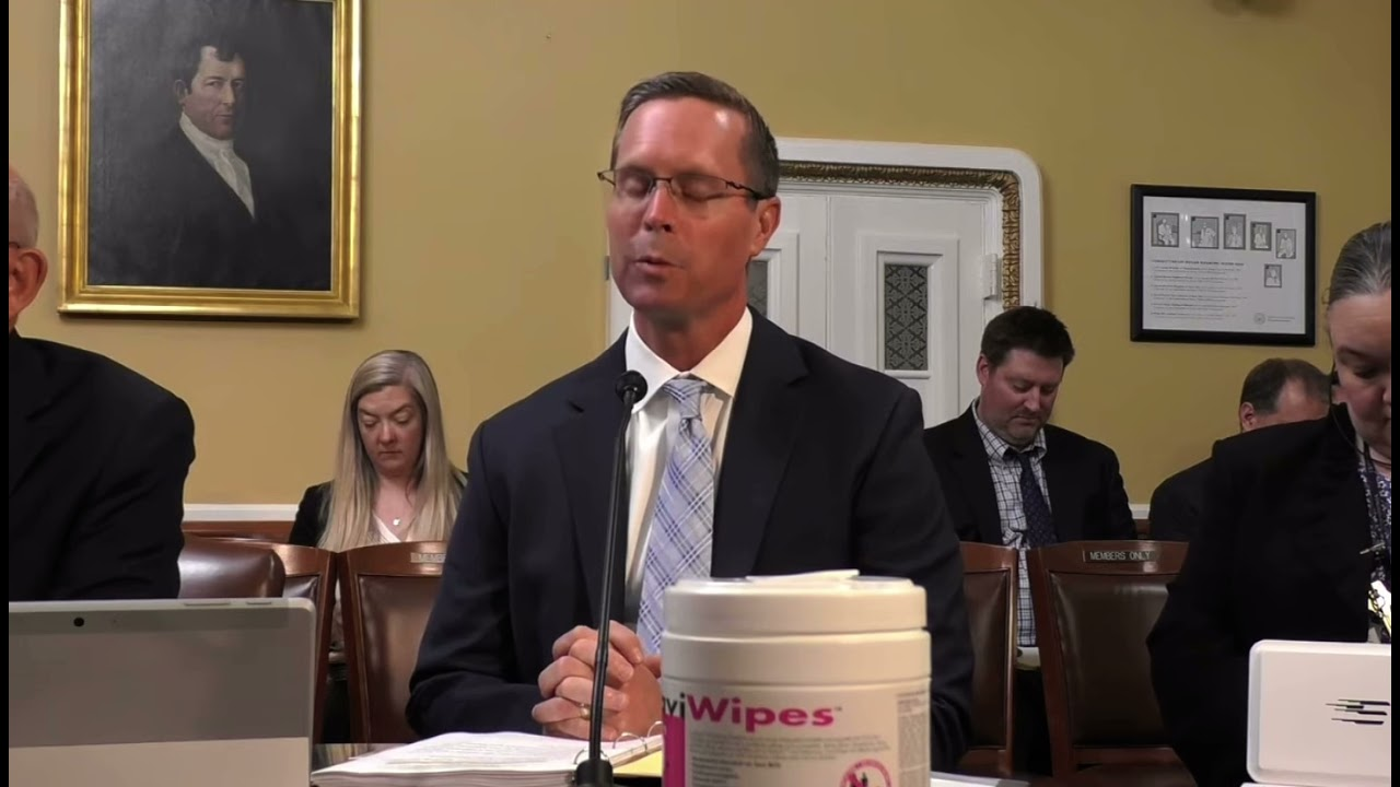 """Davis Speaks Against House Democrats' """"My Way or the Highway"""" Bill"""
