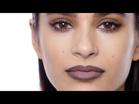 How-To: 90s-Inspired Smoky Eye & Ombre Lip | M·A·C Tutorial