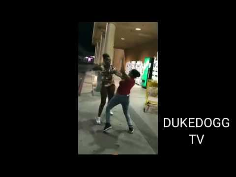 Hood Rat Fight At Food 4 Less Stockton Ca Youtube