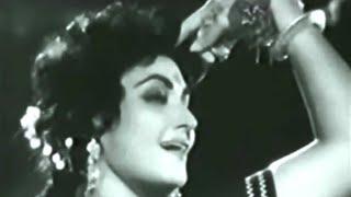 chhan chhan baje payal baje..Noor Jahan_Tanvir Naqvi_Rashid Atre..a tribute