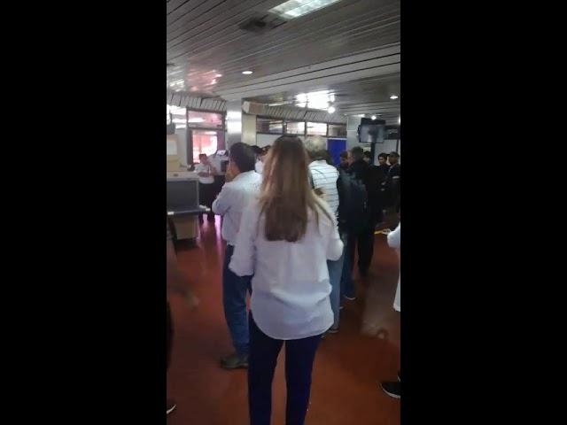 Conflicto en aeropuerto de San Juan