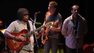bRatuques 13/10/2009 - A Lua Girou (com Milton Nascimento)