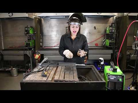 Plasma Cutting with the Forney Easy Weld® 20 P