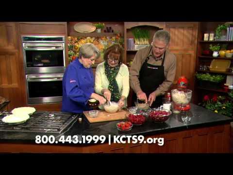 Sour Cream Rhubarb & Strawberry Pie