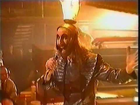 Mystical Machine Gun (live on TFI Friday, Feb 1999) - Kula Shaker feat. Arthur Brown