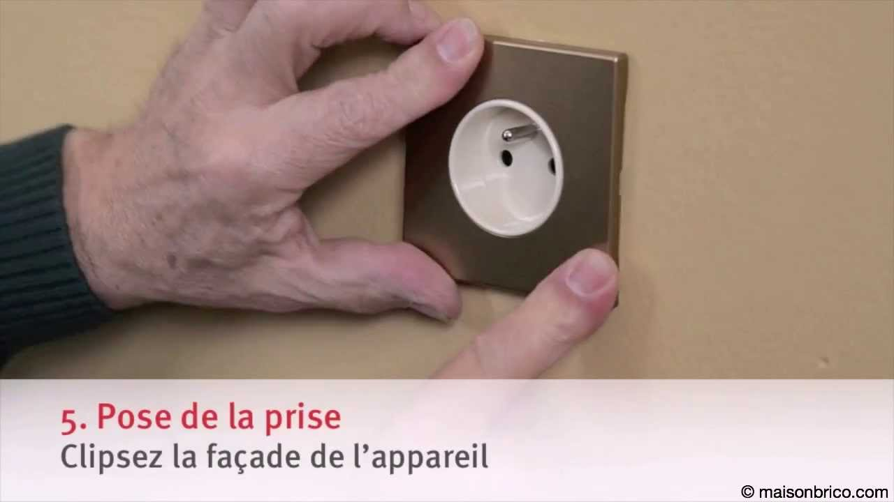 installer une prise encastr e dans de la plaque de pl tre youtube. Black Bedroom Furniture Sets. Home Design Ideas