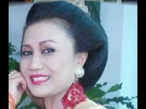 Mus Mulyadi- Raden Ngabehi