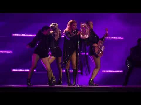 Lady Gaga - Diamond Heart/A-Yo (Wells Fargo Center) Philadelphia,Pa 9.10.17