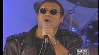 Andy - Bigharar (on Tanin stage)   اندی - بیقرار