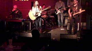 Kelsey Waldon -- Travelin' Down This Lonesome Road