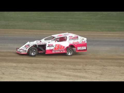 44. I.M.C.A. at Crystal Motor Speedway Test and Tune on 04-09-17