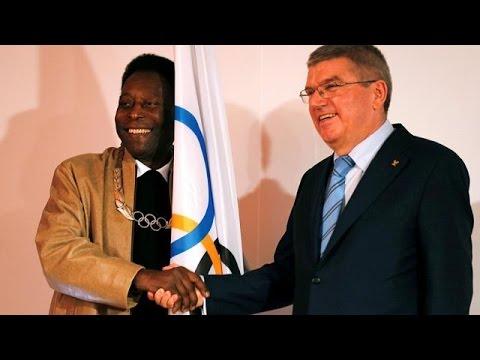 Pelé honoré par le CIO