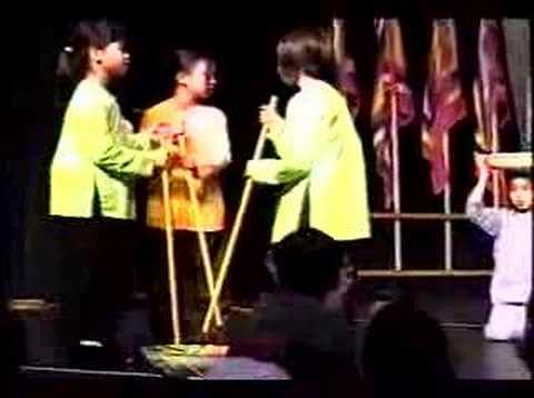 Buc Hoa Dong Que