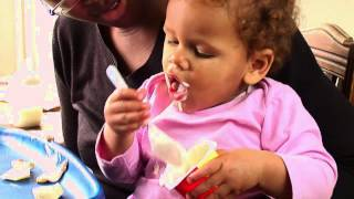 How to feed a baby: 10-12 months