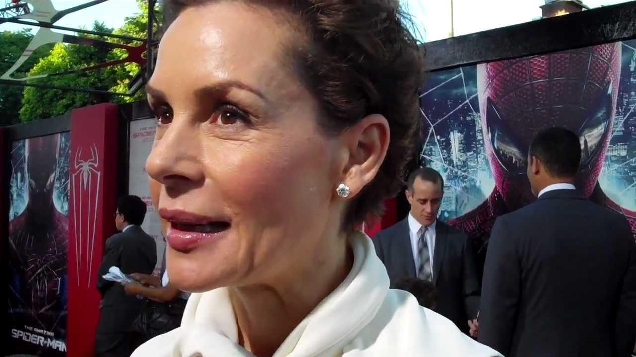 Embeth Davidtz Californication embeth davidtz from filmfotos: verblendung   e! news