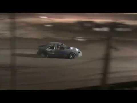 Dad crash at 35 Raceway Park