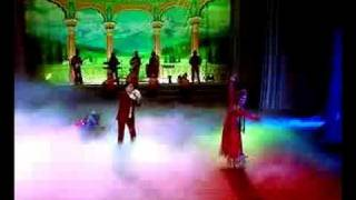 Download Lovely Uyghur girl's dance and nice folk song MP3 song and Music Video