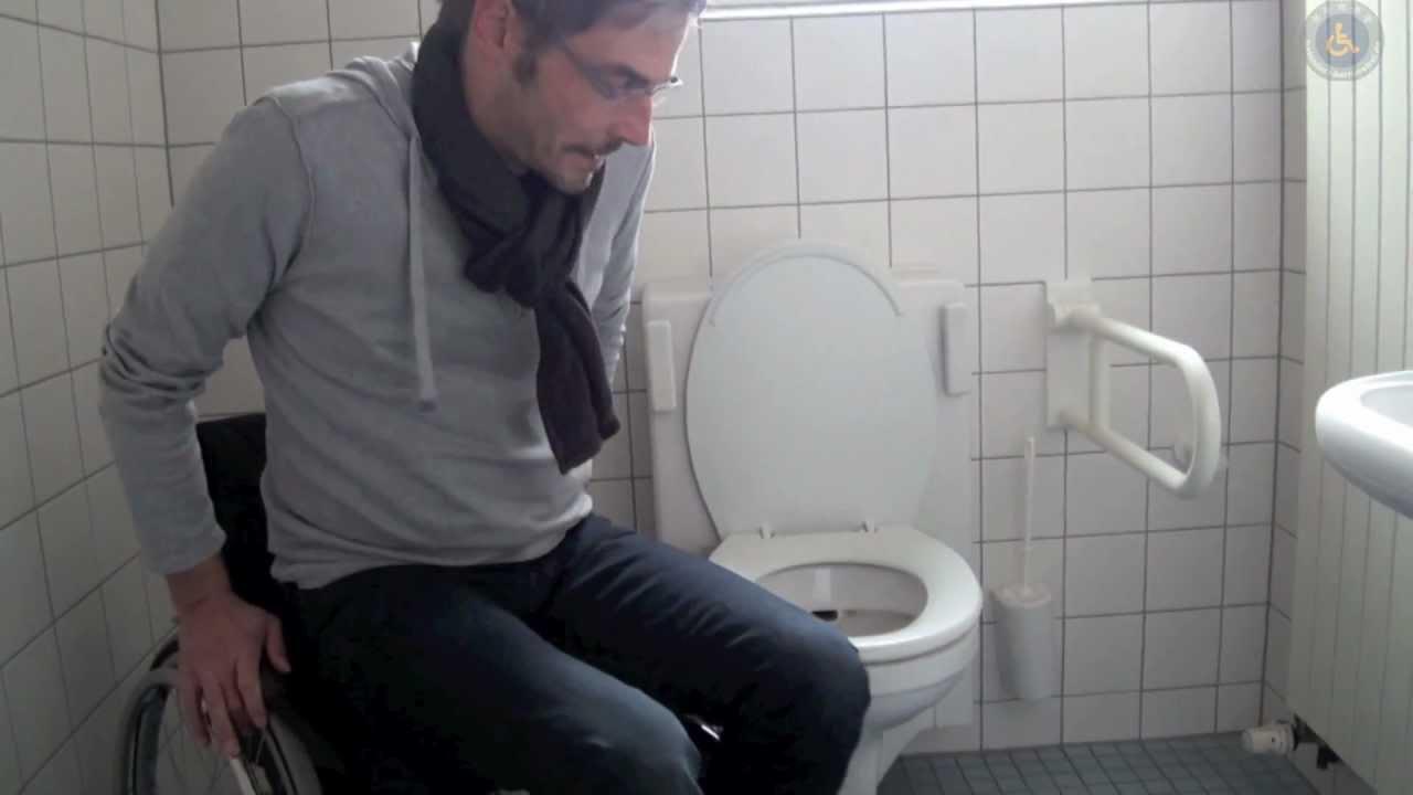 Rollstuhl WC Transfer