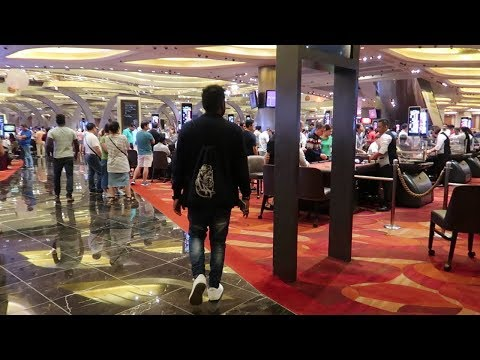 Night at The Biggest Casino ||Free Entry for Tourist|| SINGAPORE||