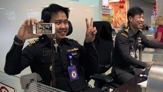 Captain Jack's dance routine: Episode 6   Bangkok Airport
