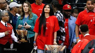 Kylie Jenner Tweet Causes Snap Shares to Sink