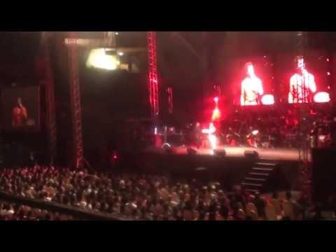 Sonu Nigam Concert In Dubai 2013 - Part 10
