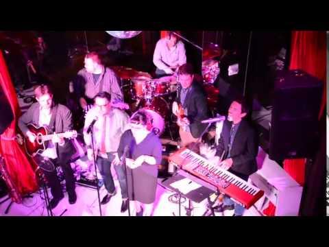 The Bandulos Live @ Toshi\'s Living Room - YouTube
